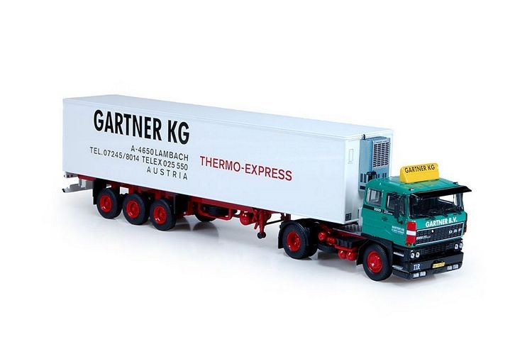 DAF 3300 3 achs Kuehlauflieger Gartner