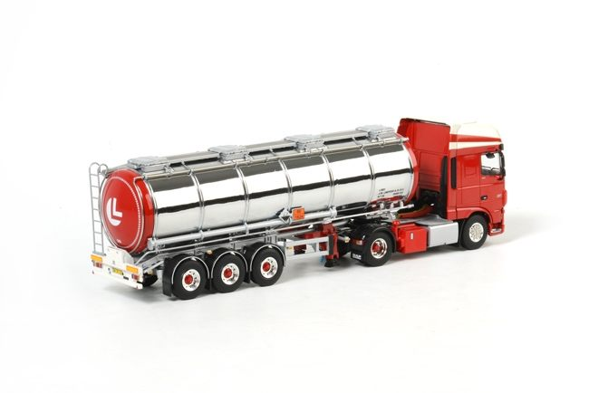 DAF new XF SSC Tankauflieger  Limpens