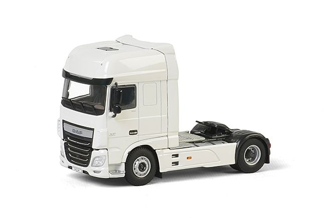 DAF XF 95 Super Space Cab  White Line