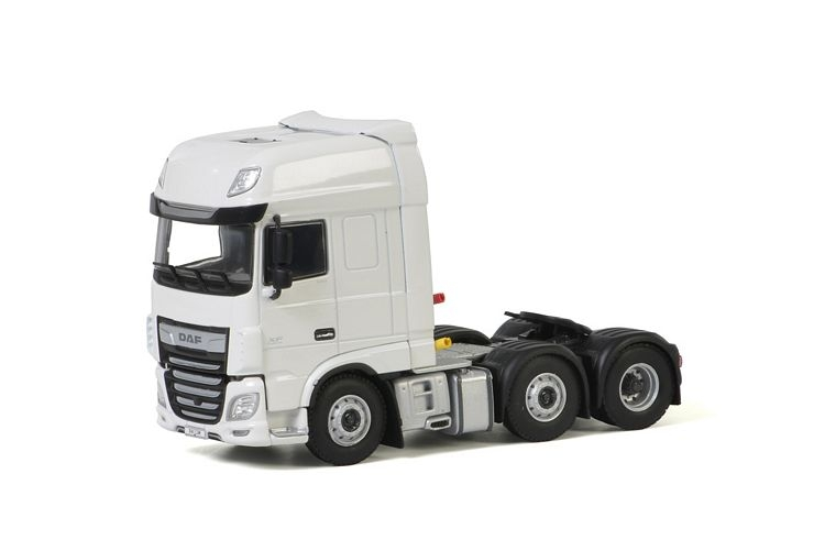 DAF XF SSC MY201 6x2 Twin Steer White Line