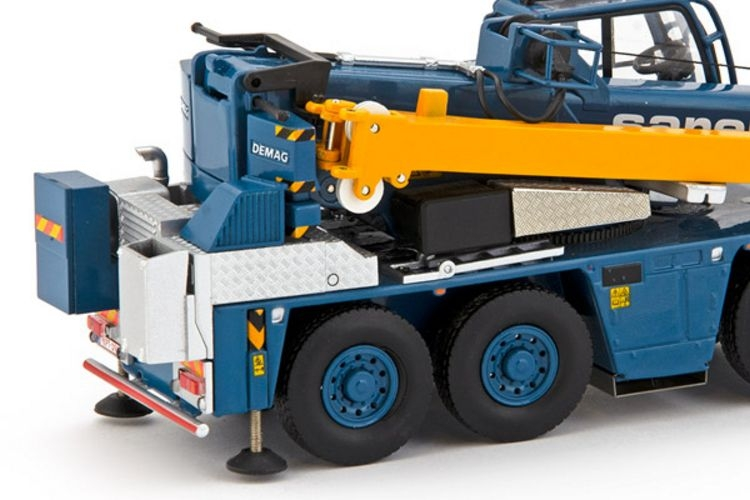 IMC Models 20-1047 Sarens Demag AC45 City NEU OVP