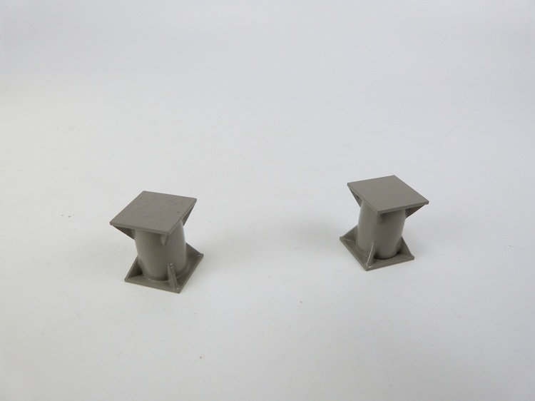 Elefantenfüße 2 Stück  18x18x22 mm