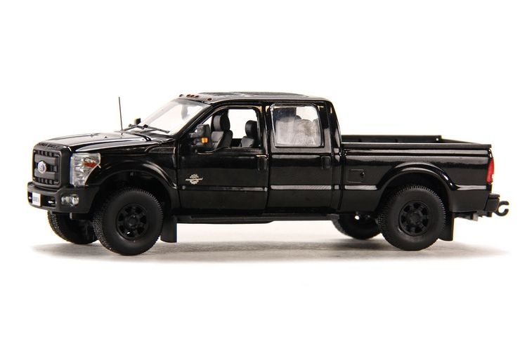Ford F250 XLT Cabin Crew 6 Bed  black