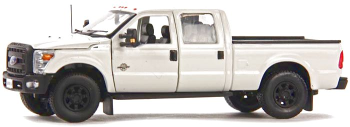 Ford F250 XLT Cabin Crew 6 Bed white