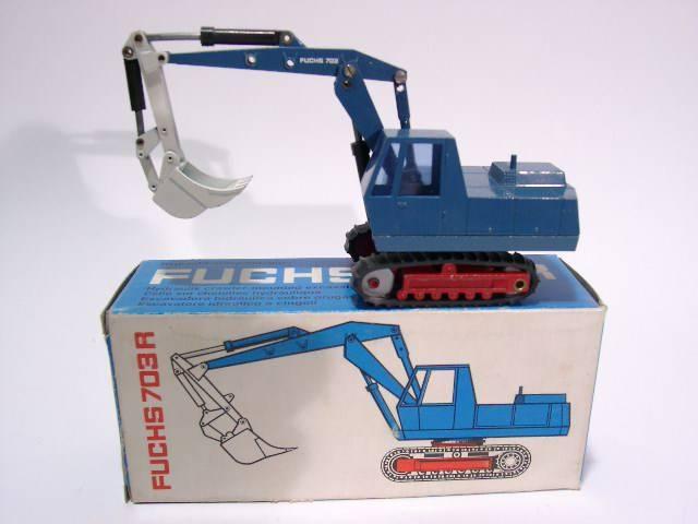 Fuchs 703 R