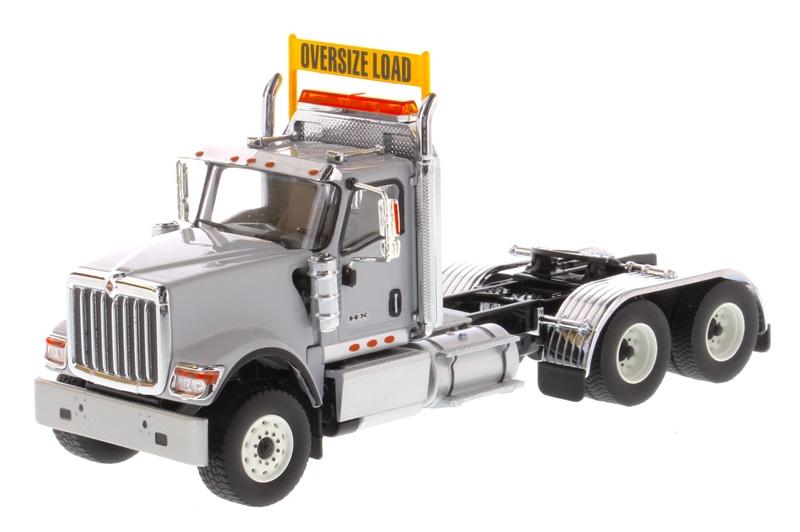 International HX520 Tandem  Gray