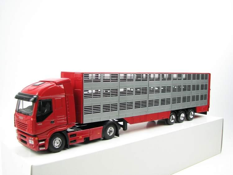 Iveco Stralis 4x2 Viehtransporter