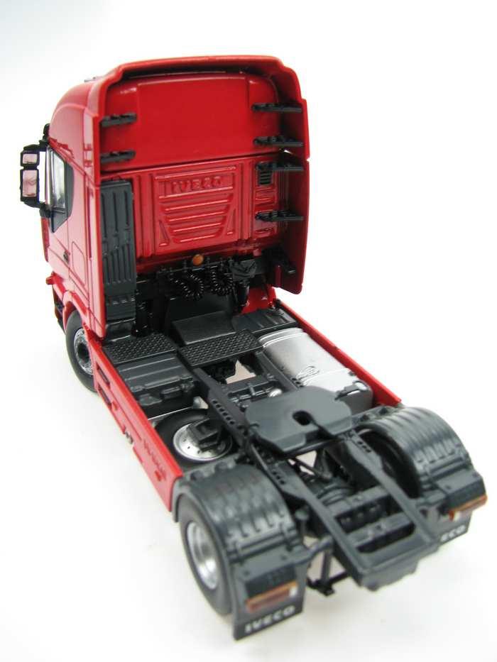 Iveco Stralis 560 E 2achs rot