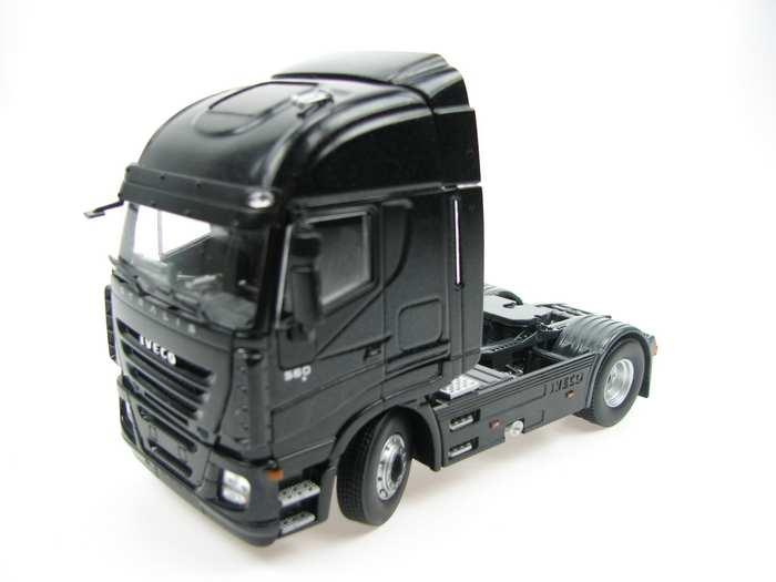 Iveco Stralis 560 E 2achs schwarz