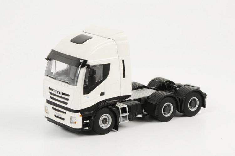 IVECO Stralis 6x4 weiß