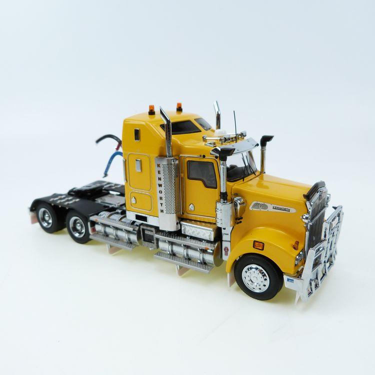 Kenworth T908 yellow