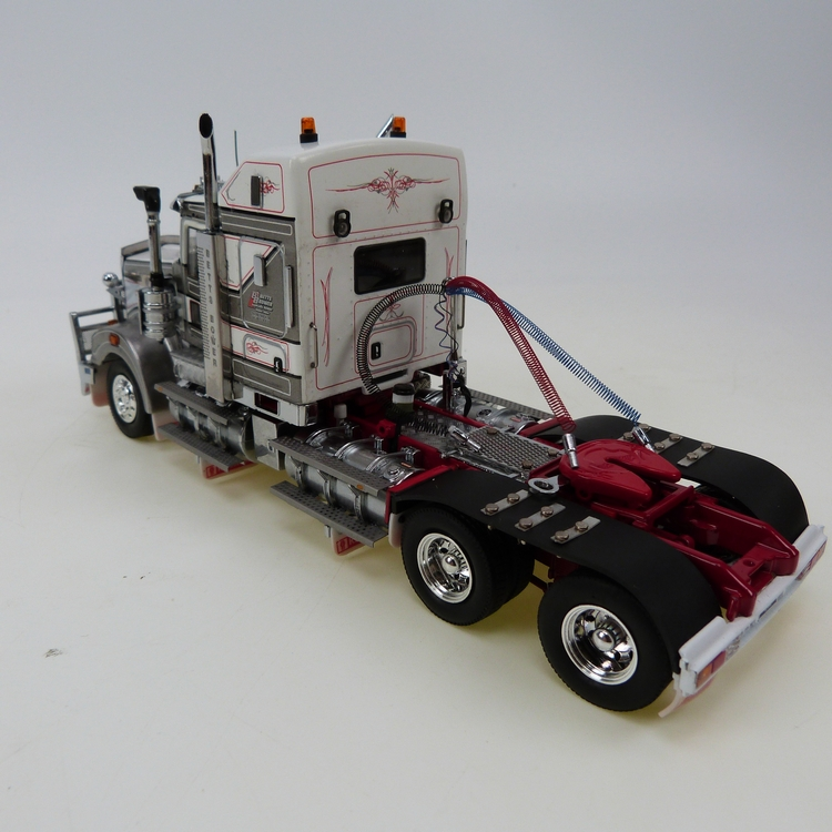 Kenworth T909 Bette Bower