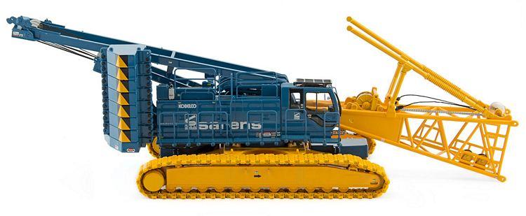 Kobelco CKE2500G Sarens