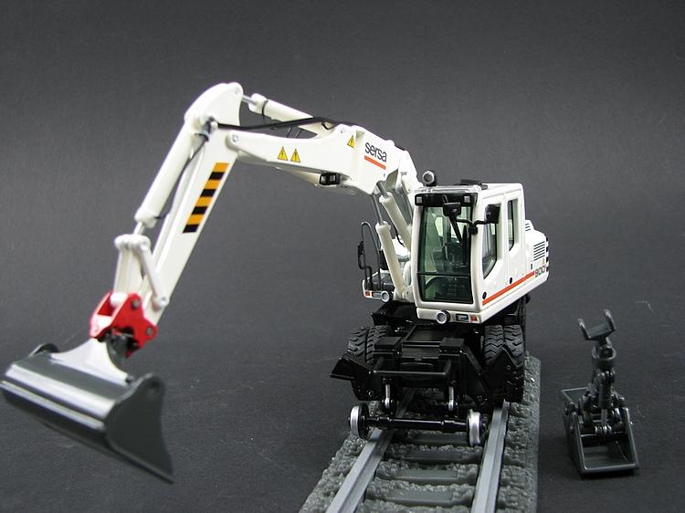 mesken NZG 780//03 1:50 Liebherr a924 litronic G