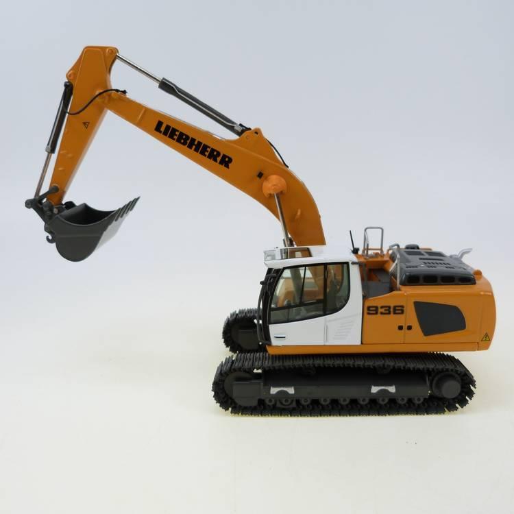 Liebherr R 936 IV