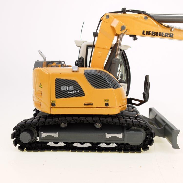 Liebherr R914 Compact Excavator v2