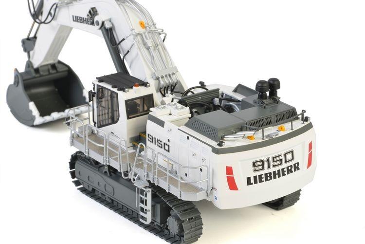 Liebherr R9150 Excavator Premium Line