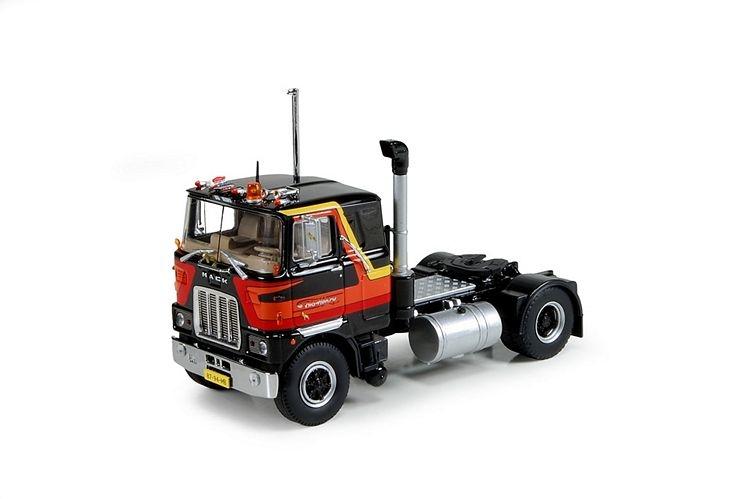 Mack F700 4x2 Wijngaard Henk