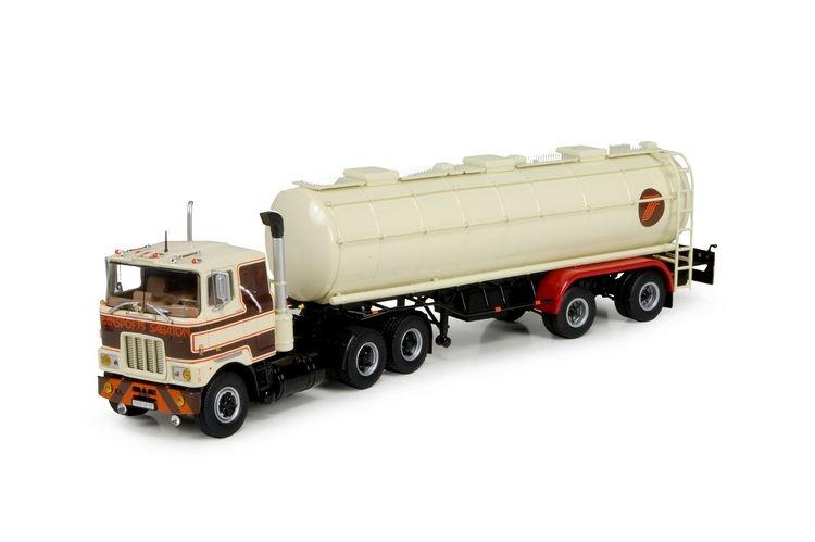 Mack F700  klassisch Tankauflieger Sabaton