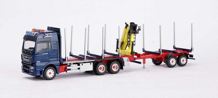 MAN TGX Holztransporter mit Ladekran blau Kurzholz Anhänger