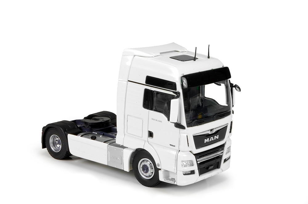 MAN TGX XXL 4x2 white black RHD