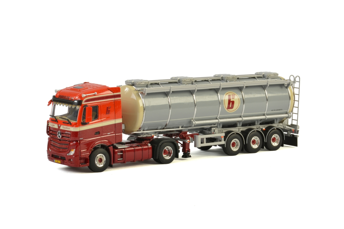 MB Actros MP4 Stream Space Tank Trailer Burgler BV