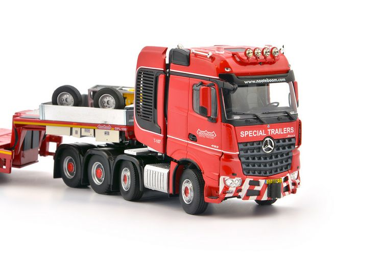 MB Arocs 8x4  Nooteboom MCOPX  KNT Red Line