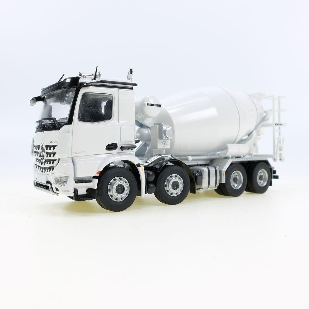 MB Arocs 8x4 truck mixer White RAL 9003