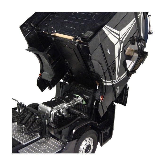 Mercedes Benz ACTROS 4x2 Sattelzugmaschine  schwarz 1-18