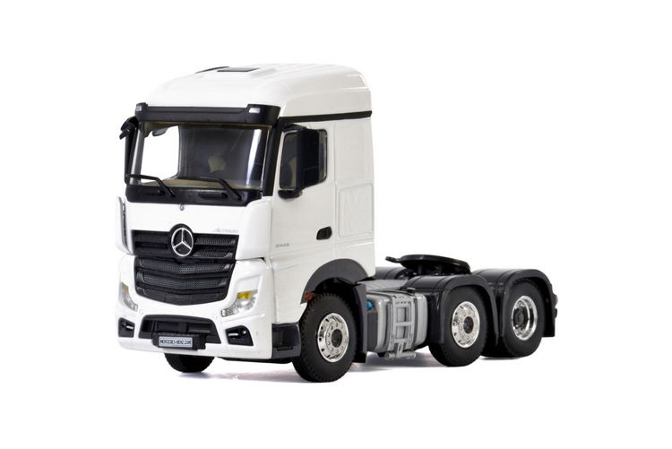 Mercedes Benz Actros MP4 Stream Space White Line