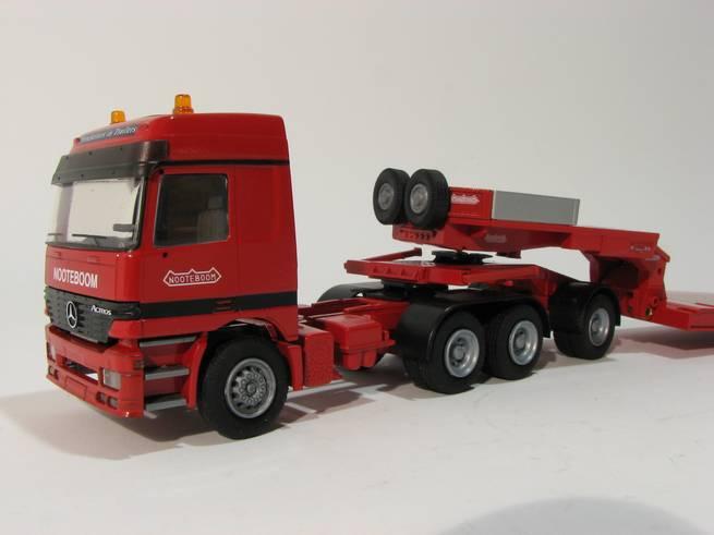Nooteboom Euro low-loader mit Jeepdolly