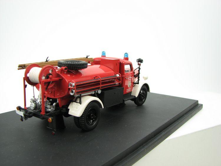 b7p SCHUCO 03073-1:43 Feuerwehr /'Opel Blitz S 3t/' in OVP