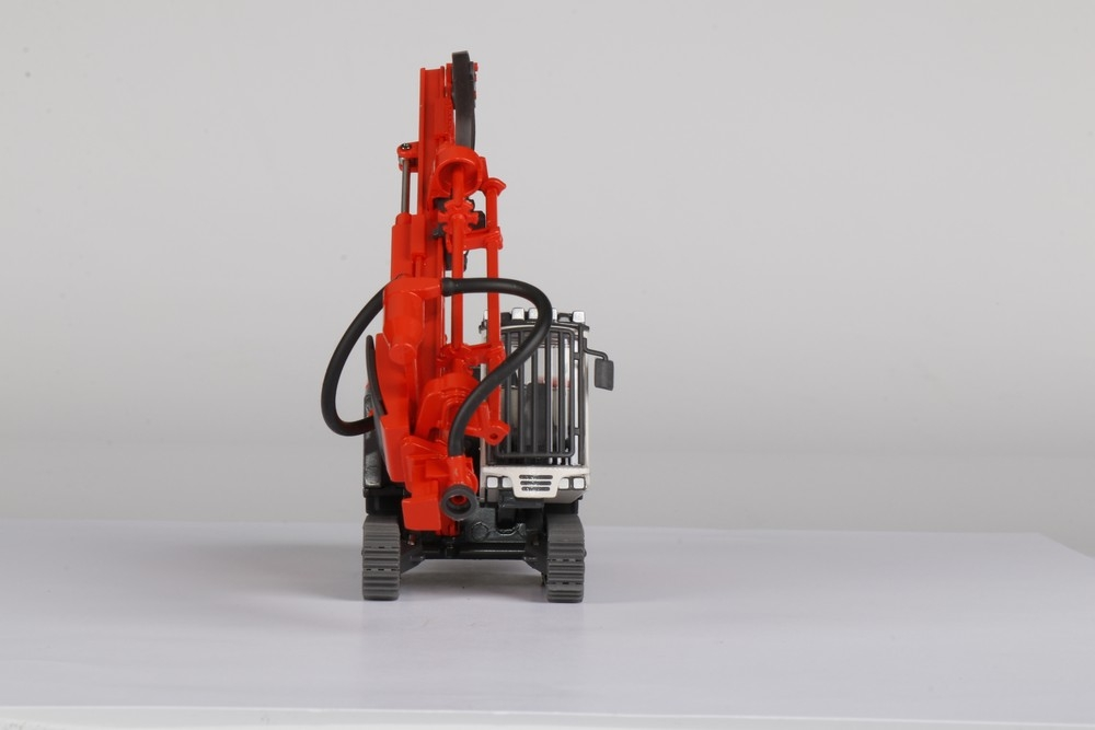 Sandvik Pantera DP1500 Surface drill rig