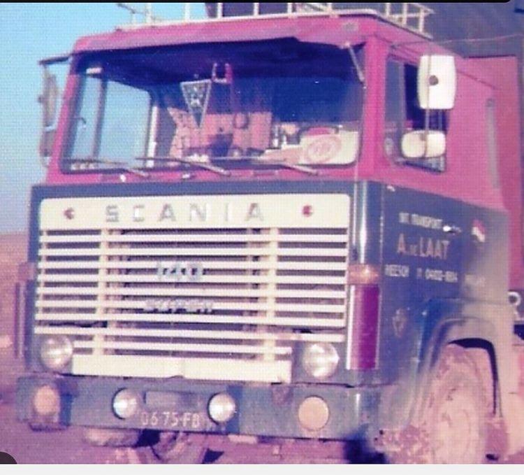 Scania 1 Series  Curtainside   A. de Laat