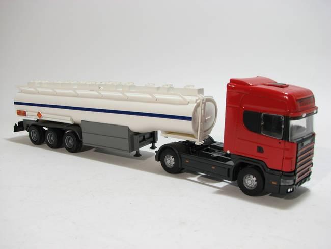 Scania 144L 530 Tankzug rot