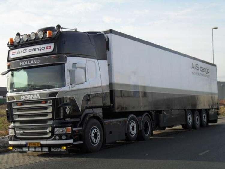 Scania R-serie Topline 6x2 Sattelzug mit Kühl-Auflieger Cargo A&