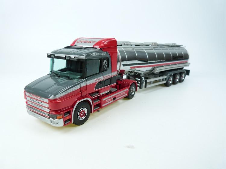 Scania T  mit Container Auflieger  Föll Schober Transporte