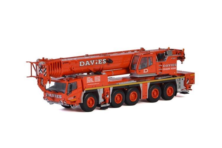 Tadano ATF220G 5 Euro Davies Crane Hire