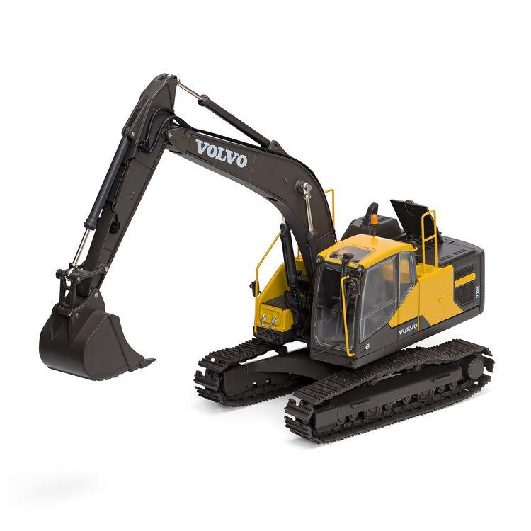 Volvo EC220E Excavator