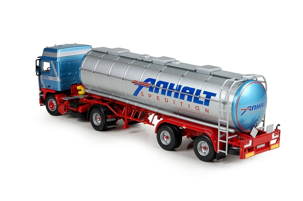 Volvo F12 4x2 chrome tanktrailer Anhalt