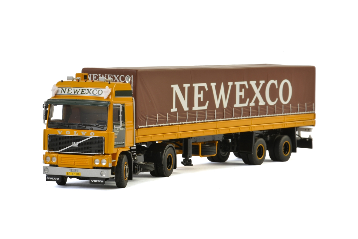 Volvo F12 Planenauflieger  Newexco