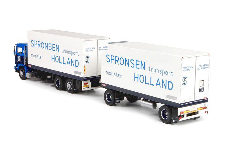Volvo F12  Spronsen Van