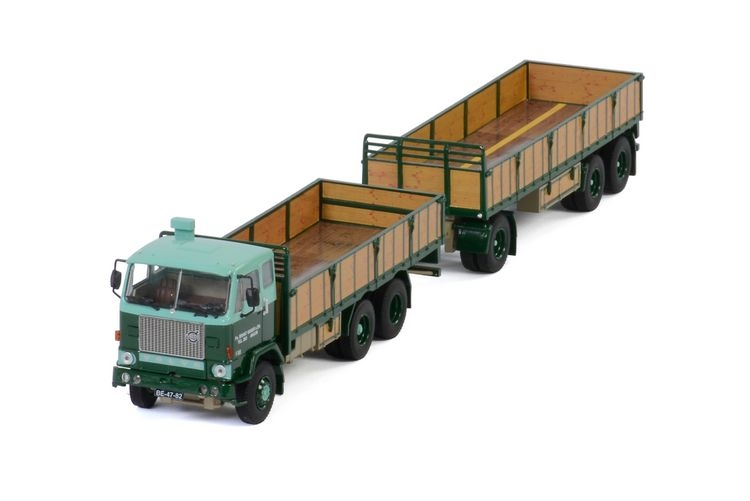 Volvo F88 Combi  resin boxes Brant Visser