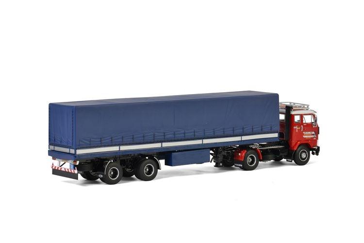 Volvo F88 Curtain side trailer classic Van Holland Transporten