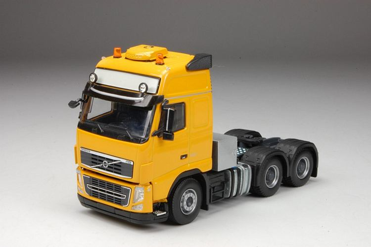 Volvo FH03 Globe. XL narzissengelb