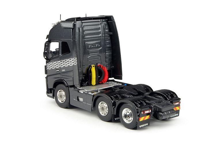 Volvo FH04 6x2 Globetrotter XL TBP