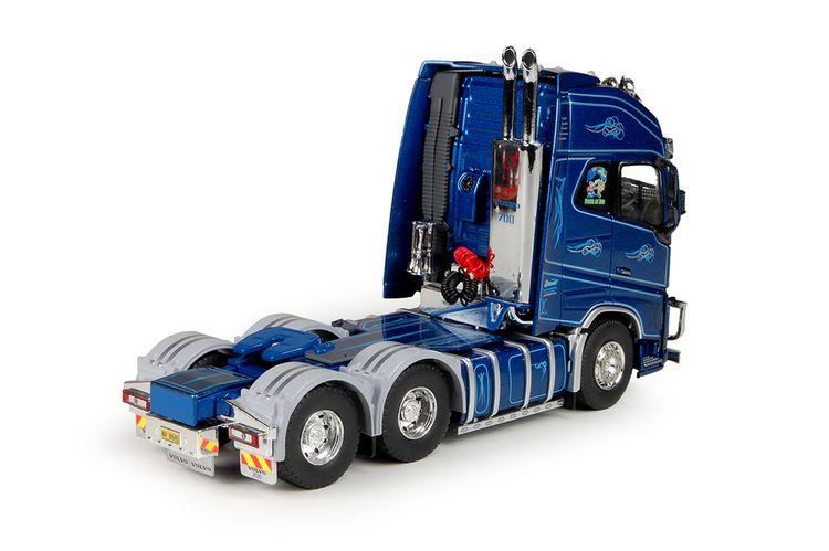 Volvo FH04 6x4 tractor Eklund