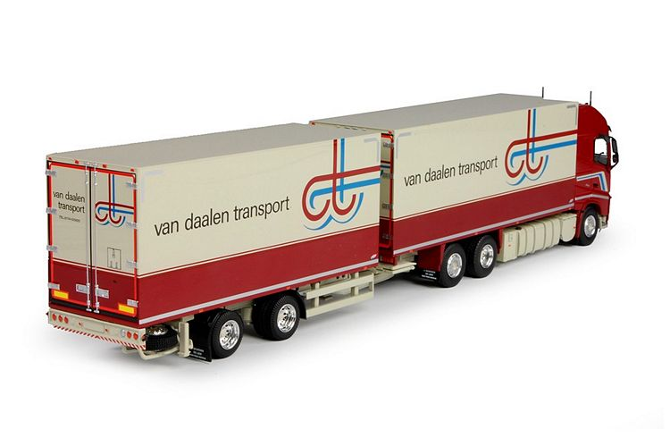 Volvo FH04 Globetrotter XL combi Daalen Van