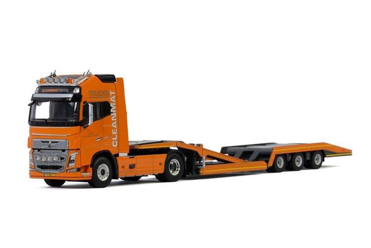 Volvo FH4 Globetrotter XL Truck Transporter Clean Mat