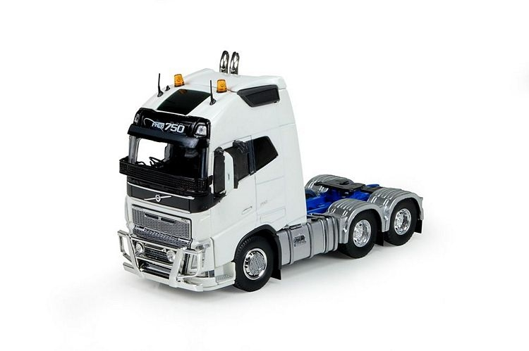 Volvo Globe. XL Down under Blue Chassis